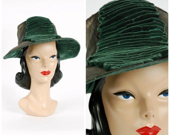 Vintage 1910s Edwardian Hat - Rare c. 1916-18 Lamé Hat with Green Velvet Accent and Underbrim, Deep Crown