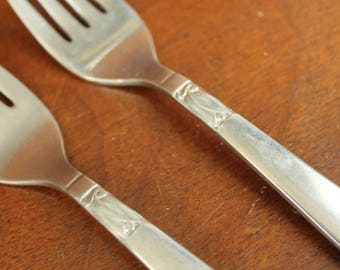 INTERNATIONAL CREATION I Vintage Silverware set old replacement| plain round tip utensils mcm cutlery salad forks Stainless Flatware BIN 38