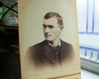 Victorian Man Cabinet Card Photograph Antique 1800s Photo