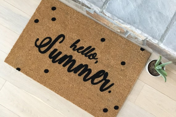 Door Mats / Gift Ideas / Personalized Door Mats / Summer Decorations / Hello Summer / Summer Door Mats / Housewarming Gifts