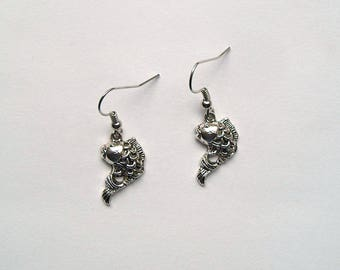 Earrings fish silver