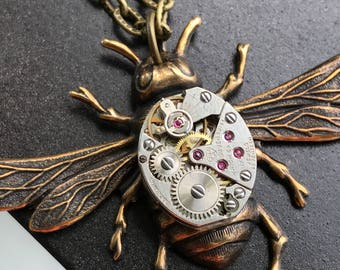 Steampunk Bee Necklace, Bee Necklace, Steampunk Necklace, Watch Movement Necklace, Steampunk Wedding Jewelry, Unique Gifts For Her, Brass
