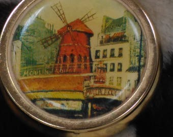 Vintage Tin Pill Box Moulin Rouge Windmill Gold (2)