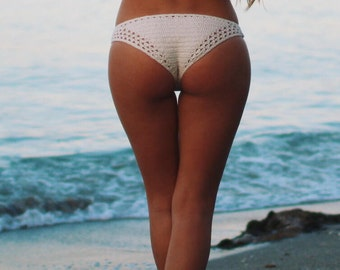 CROCHET PDF PATTERN: Desert Crochet Bikini Bottom (Small/Medium/Large)
