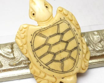 Sea Turtle Focal Bead Pendant Incredible Detailed Hand Carved 3D perfect for DYI Beading projects carving from Bone Tortuga