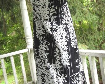 Vintage Maxi Dress Black and White Mod Lady Blair