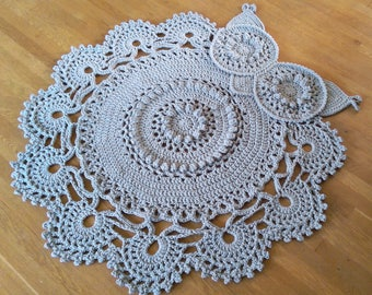 Crochet Owl Rug Gray
