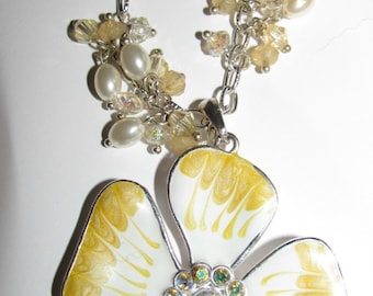 Vintage Yellow and White  Flower Design With Beads Signed KC Necklace Retro Rockabilly Collectible 1960's Chunky Jewelry