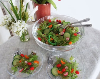 Miniature Salad 1:4 Scale SET Mixed Lettuce Greens and Veggies in Large Bowl with 2 Plates - Realistic Food for Fashion Dolls & BJD Figures