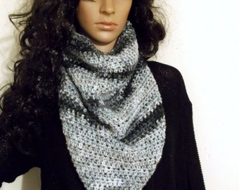 Hand Crochet Kerchief Cowl, Neckwarmer, in beautiful Ombre of White and Greys, winter accessory, Triangle Cowl, Triangle Neckwarmer
