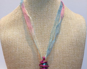 Organza purple aluminum wire and Bead Necklace