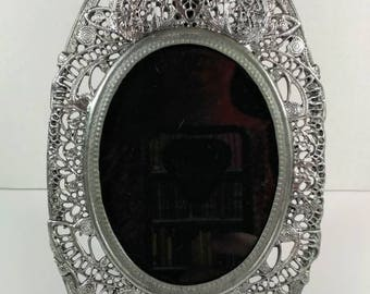 Gorgeous Victorian style solid pewter picture frame vintage 1987 antique Style picture frame pewter filigree picture frame Victorian decor