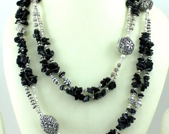 natural untreated onyx chips  beaded long  necklace