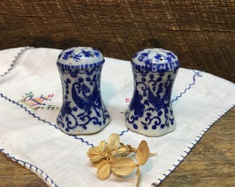 Vintage Japanese Phoenix Salt & Pepper Set/Blue/White/Howo Bird/Made in Japan