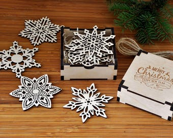 Christmas Decorations, Wooden Snowflake Ornaments, Christmas Gift, Holiday Gift, Xmas Decoration,Christmas Tree Ornament Gift Box Set of 4-6