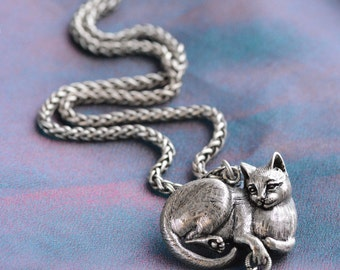 Silver Cat Necklace, Sculptured Cat Pendant, Cat Gifts, Cat Jewelry, Cat Lover Gift, Animal Necklace, Kitty Jewelry, Feline N1439