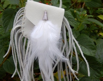 Leather Pouch Necklace  White Fringed Pouch  Feathers   Medicine Bag   Pouch Necklace   Leather Fringe  Handmade  Jewelry