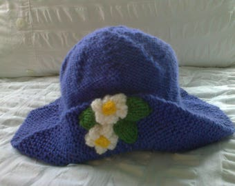 Purple - Hand knitted - Baby hat - Flowers