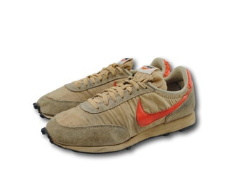 Vintage 70's NIKE Daybreak Beige/Orange Waffle Trainer Running Shoes Sneakers Sz 9.5 Made in USA