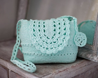 Turquoise Crossbody Bag, Mint Purse, Bride Purse Lightweight Shatle, Eco Friendly Upcycled Handbag, Mint Crochet Tote, Mint Wedding Bag