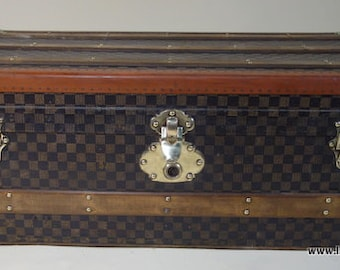 Checkerboard R1961 anonymous cabin trunk