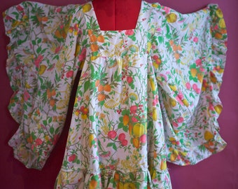Vintage 1960's Floral Smock Dress with Flared Sleeves- Size 8-12