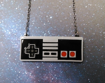 Retro Video Game Controller Statement Pendant Necklace Vintage Gamer