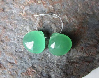 Mint Serpentine faceted heart briolette- 1  pair