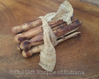 Prim Grubby Waxed Clothespins