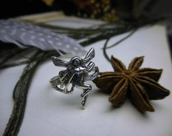 Vintage Sterling Silver Nude fairy Sprite ring . Size 7