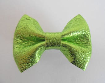 Hair bow is metallic green genuine leather handmade 5.5 x 4 cm