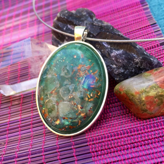 Spirite Guide Orgone Pendant- Dream Work Blue Apetite Orgone Necklace- For Communication with Higher-Self- Courage- Third Eye Charka Healing