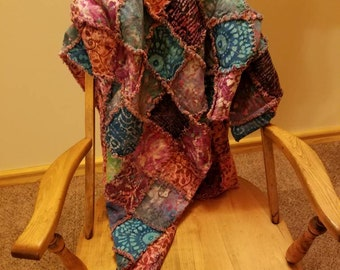 Baby batik rag quilt/quilts/baby quilt/bedding/baby shower gift/Handmade quilts/rag quilts