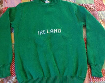 Green Ireland Pullover Sweater Jumper, Women's Med long sleeve, washable