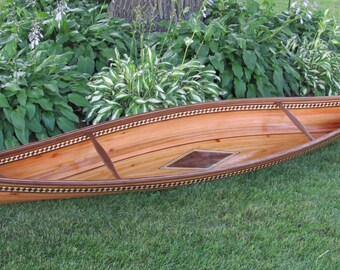10' Display Canoe