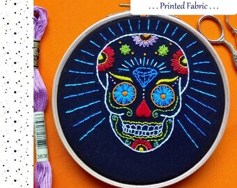 Embroidery Fabric Pattern, Pre Printed Fabric for Hand Embroidery, Skull, DIY embroidery Kit, DIY Hoop Art Pattern.