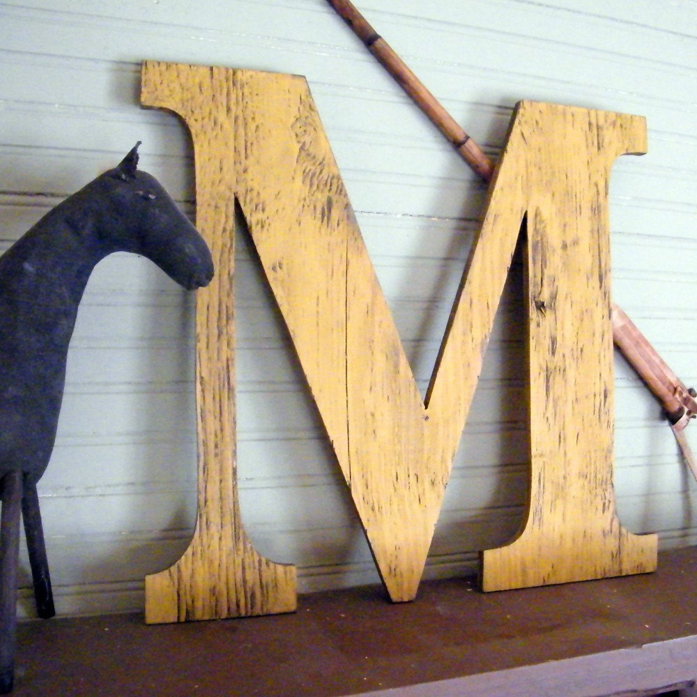 Large Wooden Letters 18 Letter Capitol Display Wall