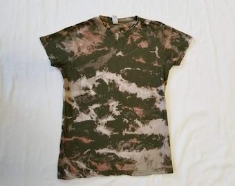 Funky Tie Dye Ladies T-Shirt size Medium W506
