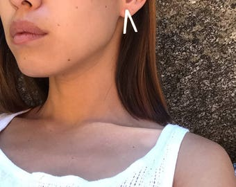 Bone stud earring - triangle/pure silver/minimal/modern/simple/elegant