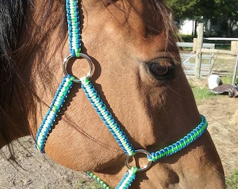 Average Size Paracord Horse Halter