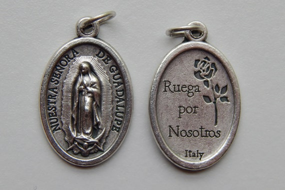 5 Patron Saint Medal Findings, Our Lady of Guadalupe, Die Cast Silverplate, Silver Color, Oxidized Metal, Made in Italy, Charm, Ruega