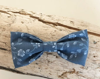 Blue Floral Patterned Bow Tie. Adjustable Bow Tie, Boys Bow Tie, Toddler Bow Tie, Baby Bow Tie
