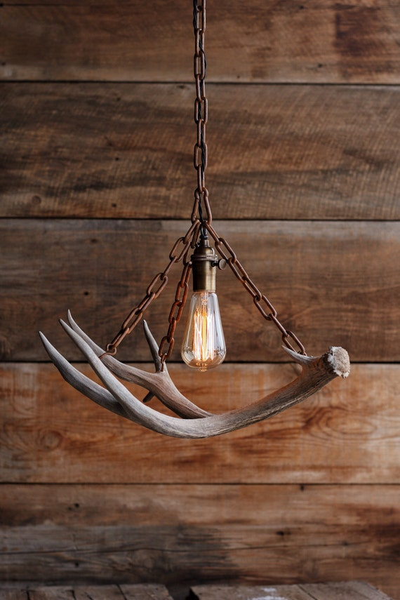 The Durango Chandelier   Antler Pendant Light   Rustic Chain Antler Shed  Lamp   Hanging Ceiling Lighting Fixture  Edison Bulb