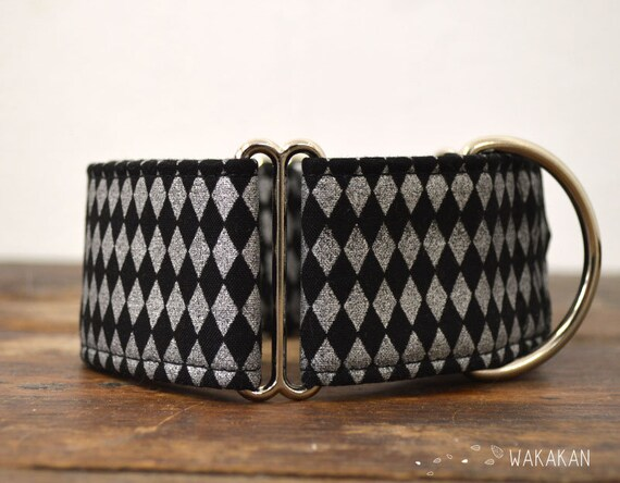 Martingale dog collar model Harlequin. Adjustable and handmade with 100% cotton fabric. silver and black. Wakakan
