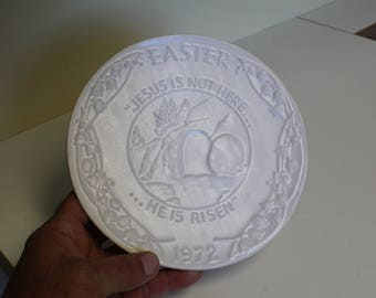 "Frankoma Easter 1972 Commemorative Plate ""He is Risen"" Oral Roberts Association Issue Ceramic Studio Pottery Hot Plate Trivet"
