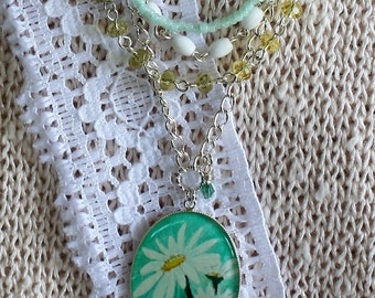 Hand-Painted White Daisy Tiered Silver Pendant Necklace,April Birth Flower Necklace, Multi-tiered Necklace, Multi-Colored Necklace