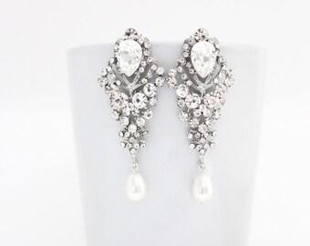 Earring Chandelier, Bridal Chandelier Earring, Long Wedding Earring, Crystal and Pearl Earrings, Bridal Crystal Statement Wedding Earring