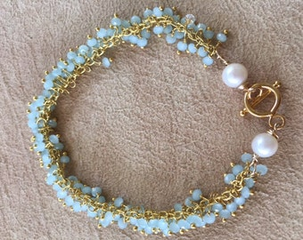 Chalcedony and Pearl bracelet