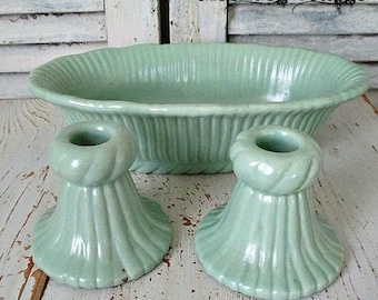 GoRGeouS ViNTaGe SoFT GReeN 1930's BoWL & CaNDLe HoLDeRS - UnMaRKeD McCoY?