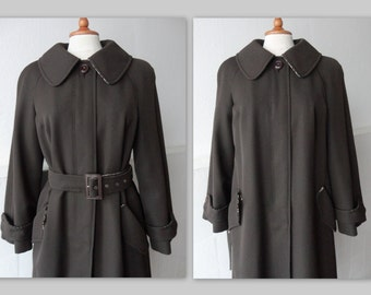 Vintage Coat // Margit Brandt Copenhagen // Dark Brown Virgin Wool With Tweed //  Size M // Made In Denmark